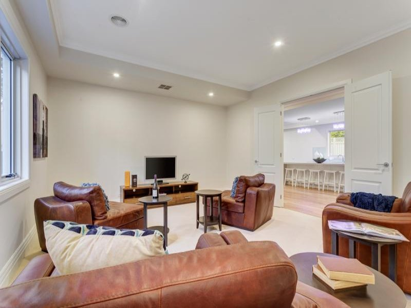Melbourne Home Details Home styling theatre room leather
