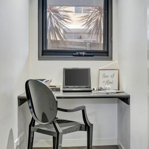 study nook apartemnt